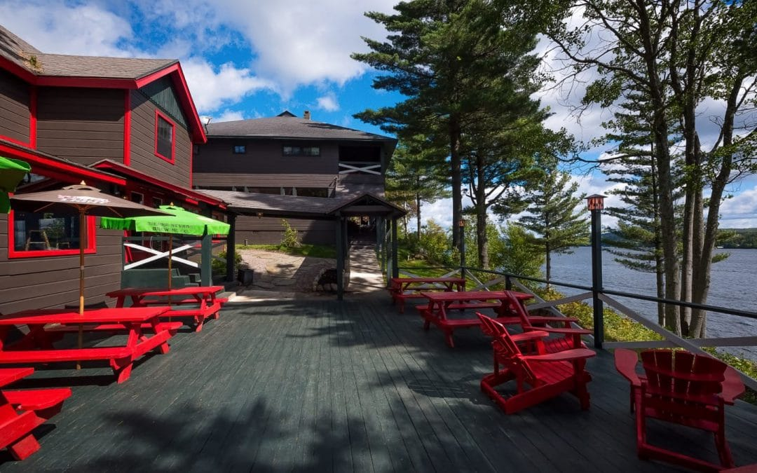 Best Outdoor Dining in the Adirondacks: The Lean-To